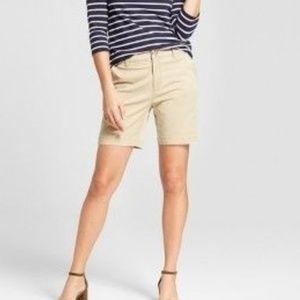 Banana Republic khaki cotton bermuda shorts size 8